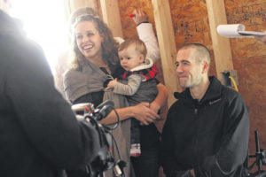 Friends, supporters take part in ceremony at Army Veteran Nick Vogt's new home